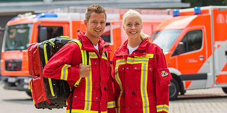Berliner Feuerwehr - Notfallsanitäterin oder Notfallsanitäter | {Rettungssanitäter kleidung 88}